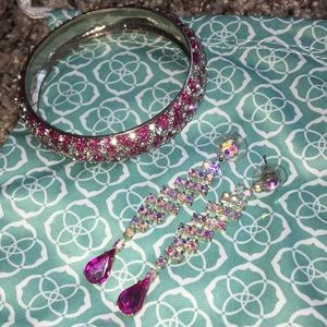 Jewelry - Pink and Iridescent costume Jewelry